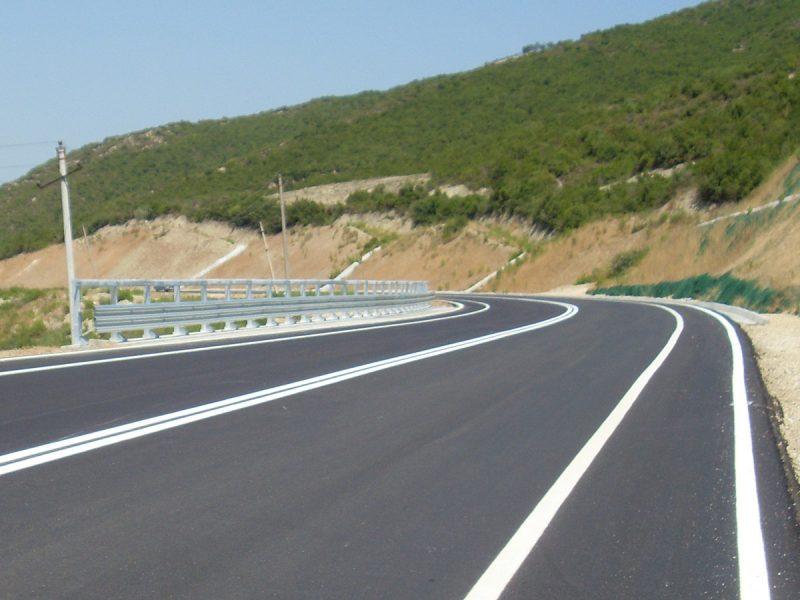 Geogriglie Tenax per il rinforzo di base strade