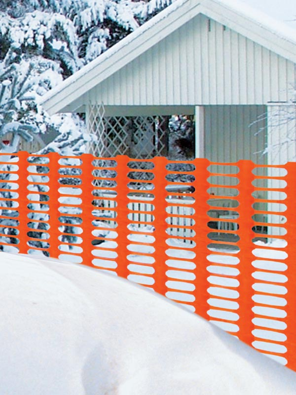 Snow and sand fences