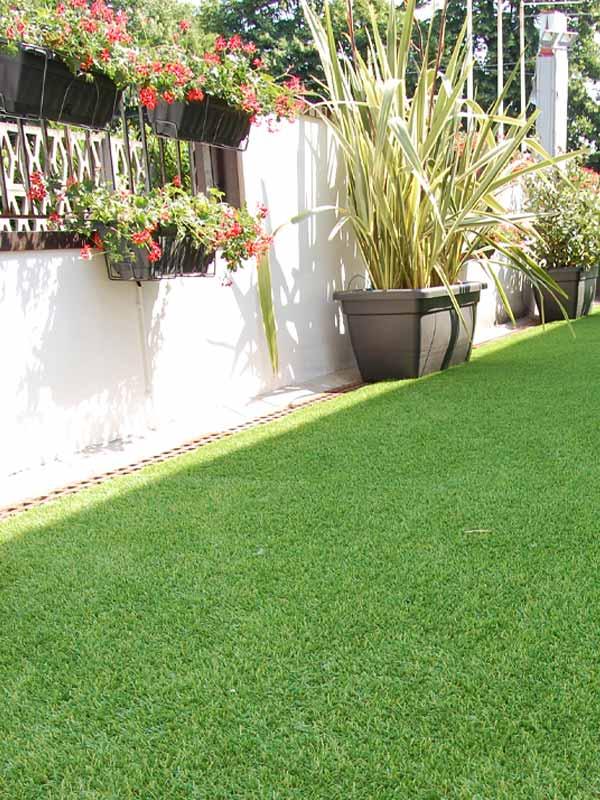 Artificial lawns, Lawn reinforcement & Edges