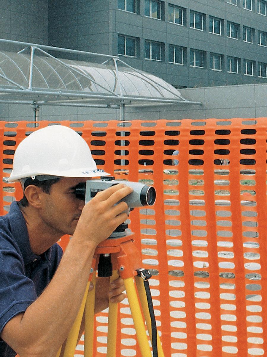 Orange net for building sites