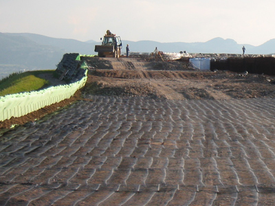 Mono-axial-extruded-HDPE-geogrids-Tenax-TT-for-reinforcement