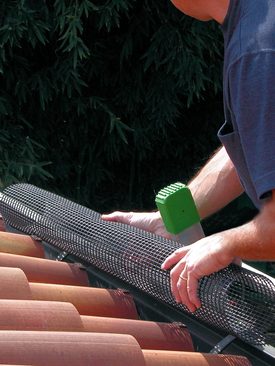 Rete tubolare per la protezione delle grondaie LEVEX TUBE