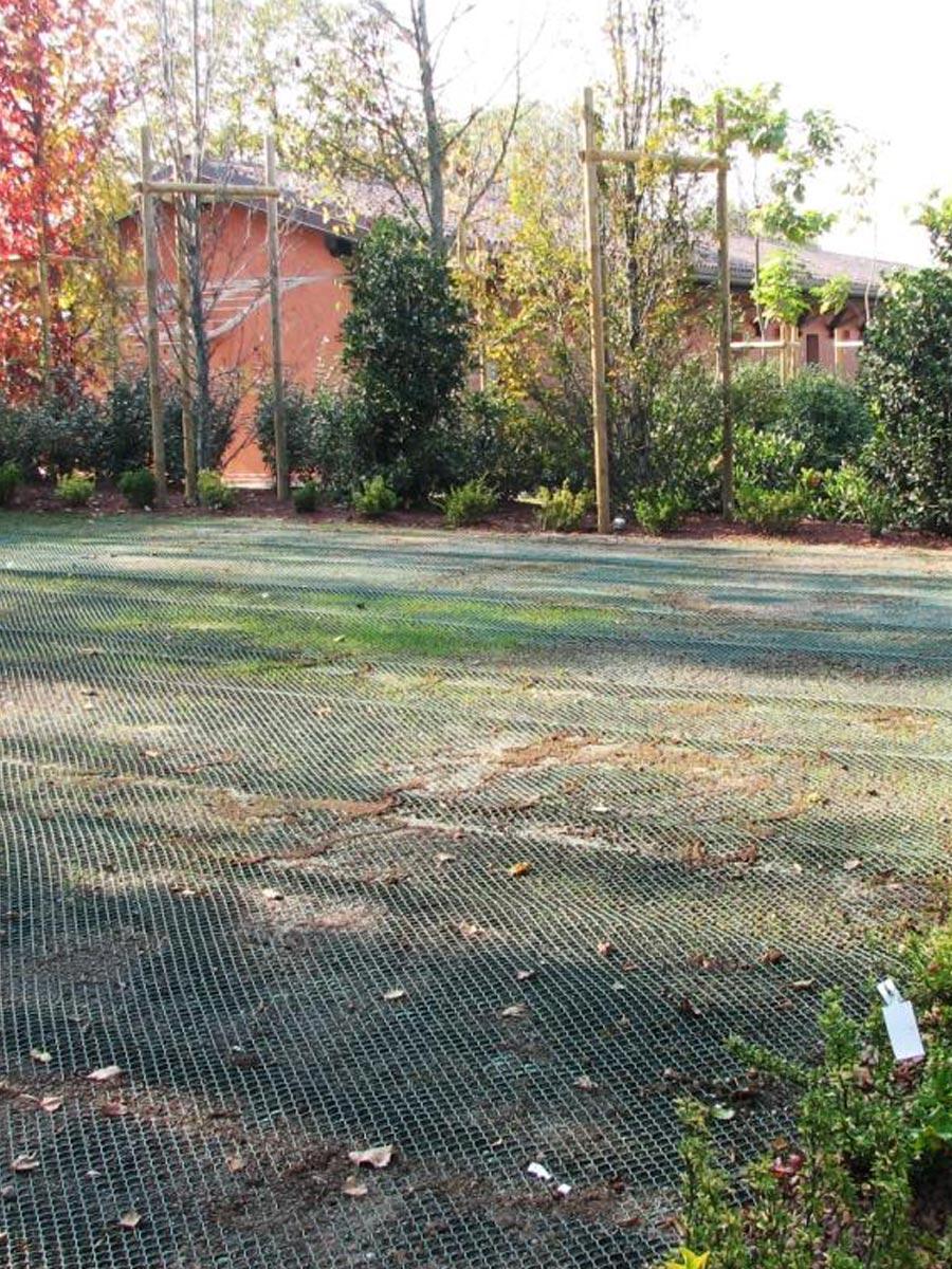 Rete di rinforzo prato TR - giardino privato
