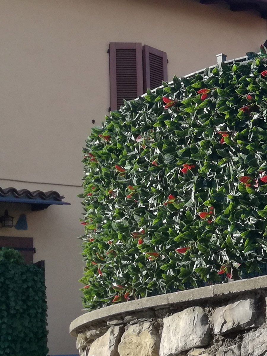 Schermature-decorative-siepi-artificiali-divy-3d-plus-photinia