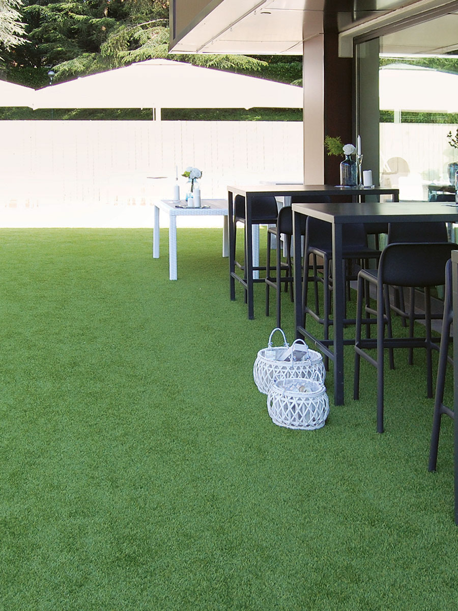 Tenax synthetic lawn for hotels, restaurants and cafés, fairs and events, gardens